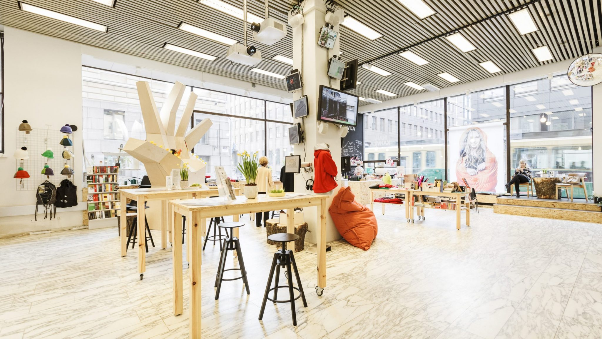 Think-Corner-pop-up-store-Aleksanterinkatu-Helsinki-GI-Project